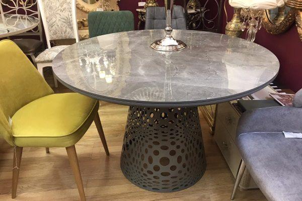 Стол с керамической столешницей купить в салоне-студии мебели Барселона mnogospalen.ru много спален мебель Италии классические современные